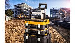 Systémové kufry DeWalt a Stanley kompatibilní již ve 3 řadách